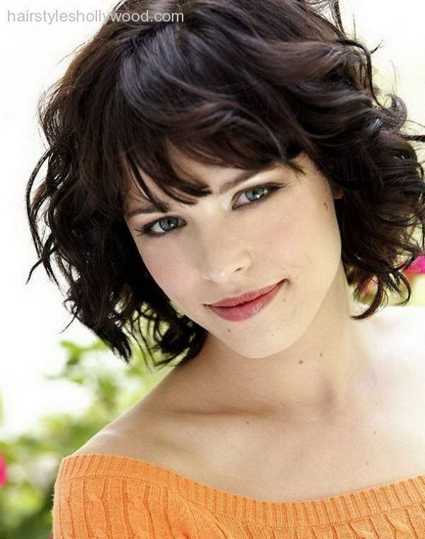 Curly Short Hairstyle for Round Faces.