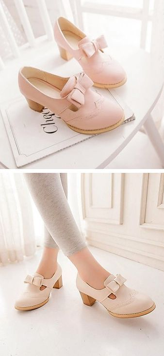 POPULAR Pink bow oxfords...