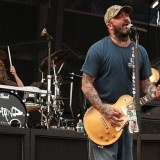 """An upcoming Staind hiatus will allow frontman Aaron Lewis to immerse himself deeper in his country music pursuit as a solo artist, including his first full-length album, """"The Road"""", which comes out Sept. 11 on the heels of his 2011 EP """"Town Line."""""""
