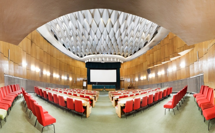 Conference hall for 200 seats
