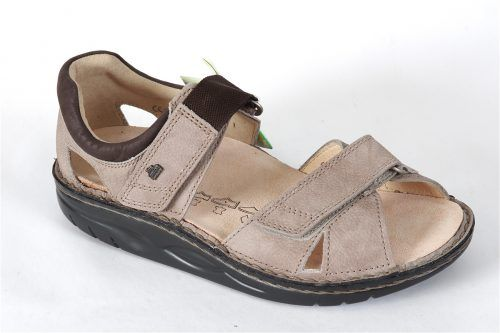 SAMARA by Finn Comfort:  Features include the following.  Rockered heel and forefoot Wide and flat mid-section Closed back Padded topline Soft footbed Orthotic friendly
