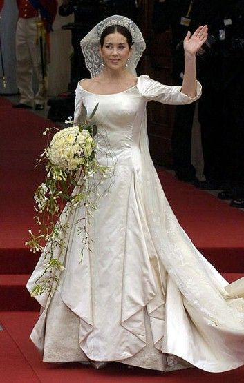 Mary Donaldson, bride of Danish crown prince Frederik, wore a gown by Uffe Frank.