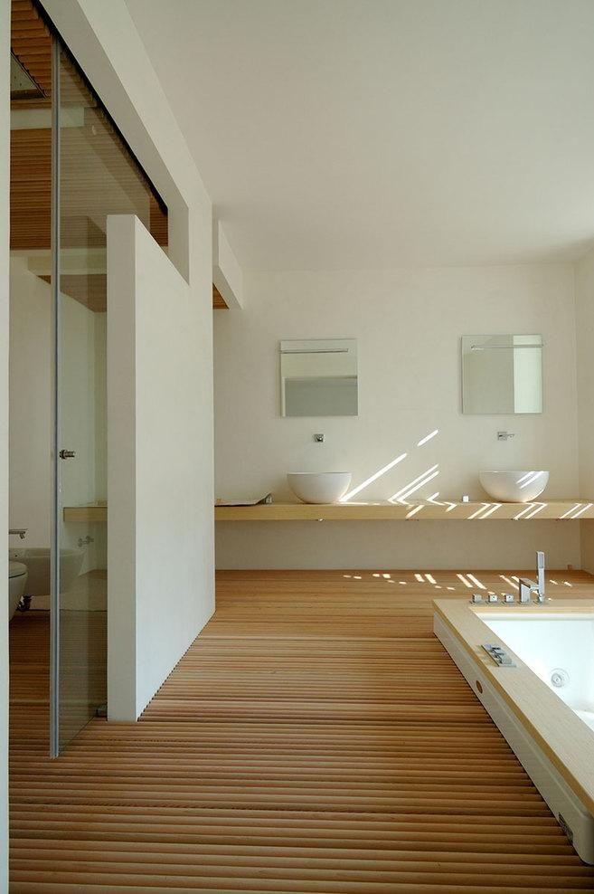 Casa de Masi by Stefano Zanardi, Remodelista Raised wooden floor