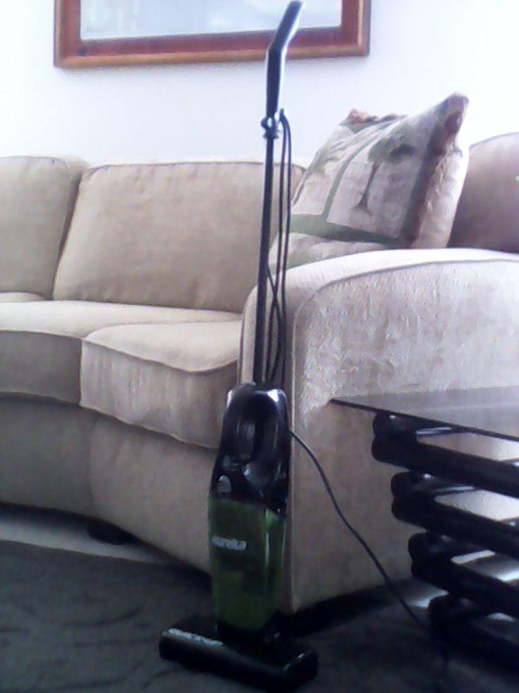 how to put a eureka vacuum back together