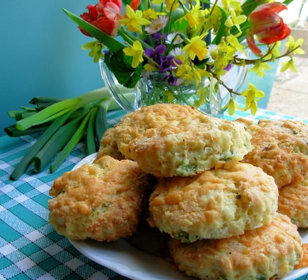 Scottish Cheddar Cheese And Spring Onion Tea-Time Scones Recipe - Food.com - 359844