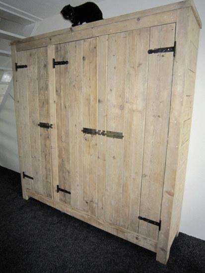 Steigerhouten 3-deurs kast | 3-deurs kast Sil | op maat gemaakt | de Steigeraar