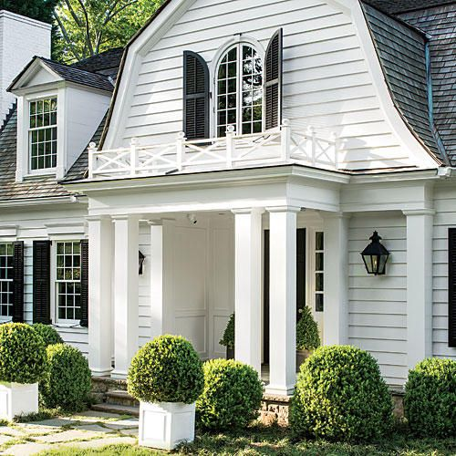 In architect Stan Dixon's skilled hands, a new life takes shape for this Cape Cod-style cottage in Atlanta's Haynes Manor neighborhood.