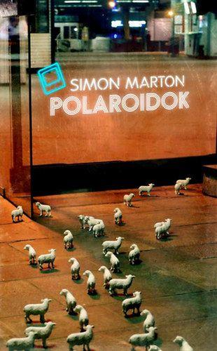 Polaroidok / Simon Márton