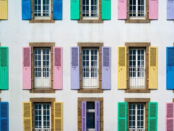 Kleurrijke luiken in Quiberon (Bretagne)