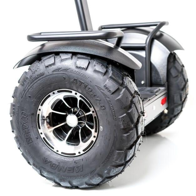 gyropode avec larges roues de 18 pouces