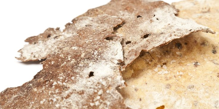 Christoffer Hruskova shares his flatbread recipe that uses spelt and rye. A perfect accompaniment to soft cheese or houmous