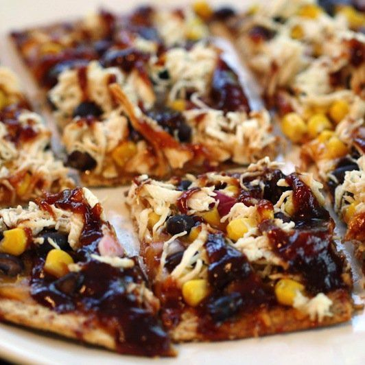 Recipe for Skinny BBQ Chicken Flatbread.