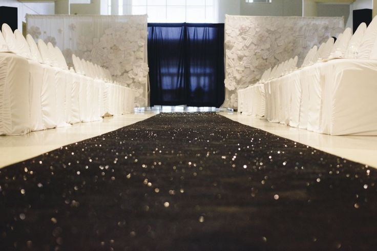 Full Black Glitter Aisle Runners Makes A Huge Statement In Any Wedding By Th