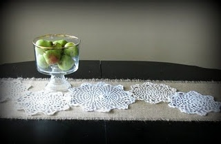 Burlap runner - could do with placemats