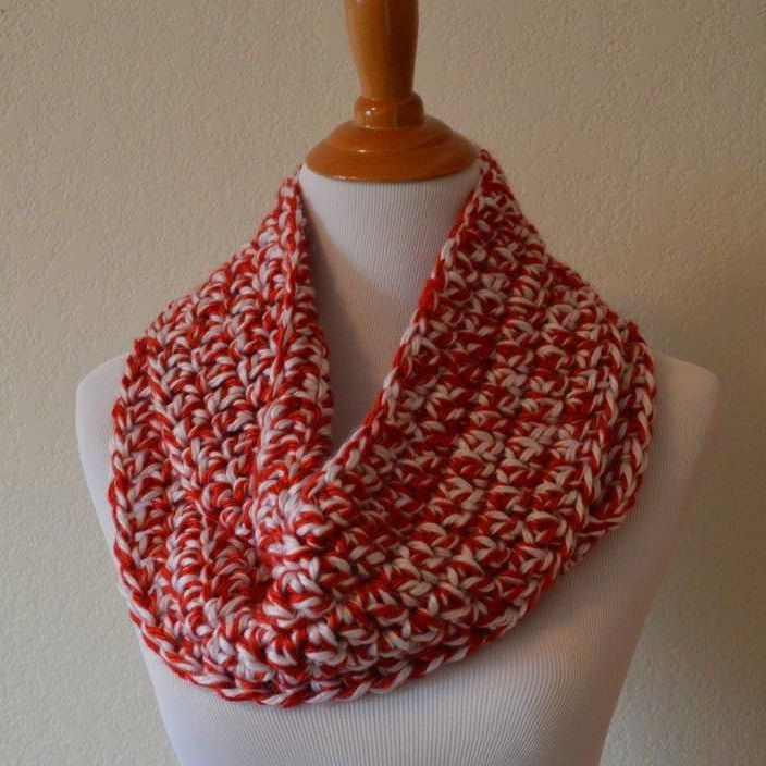 Red and White Crochet Infinity Scarf OU Football University of Oklahoma Nebraska Cornhuskers Huskers Wisconsin Badgers Redwings