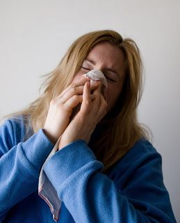 A gripe é uma doença viral de evolução benigna, acabando por passar espontaneamente, como os seus sintomas... #vírusinfluenza #influenza #vírusdagripe #gripe #gripesazonal #gripeH1N1 #gripeH3N2 #canela #sintomasdagripe #trataragripe #tratarossintomasdagripe #chá #mel #chásparaagripe #vacinadagripe #resfriado #constipação #carlosedgar #procuromaissaude