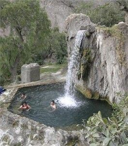 Baños termales de Churín en el norte chico de Lima