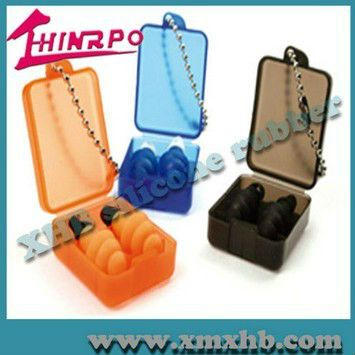 Comfortable silicone swimming ear plugs with string