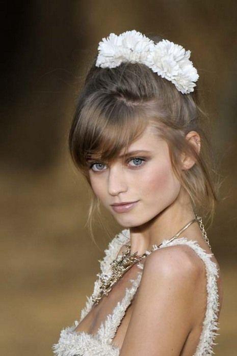 Abbey Lee Kershaw - Chanel SS '09.