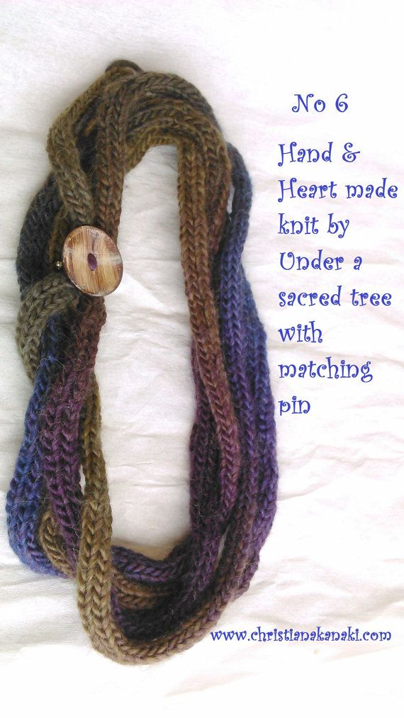 Hand & Heart knitted necklace with matching by Underasacredtree