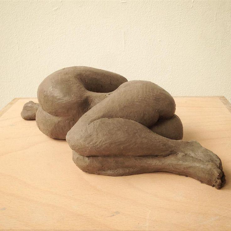 Here is one of my favorite pieces! #sculpture #clay #weirdart #art #body #surrealism #ecolenationaledesbeauxarts #gaud #Paris