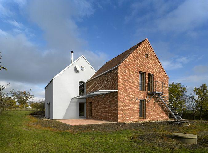 Veliš - autoři: Architektura - foto: Filip Šlapal