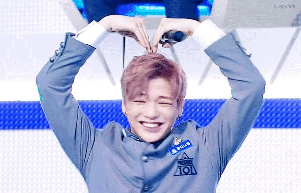 Oh my God, my love came first and will debut !! What an emotion, I'm so happy. Kang Daniel fighting!! *-*