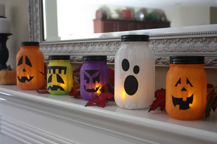 Mason Jar Jack-o-Lanterns | Cute But Creepy Halloween Décor