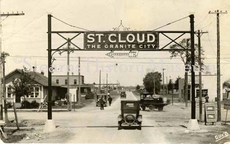 Gateway Sign at St. Germain St and Lincoln Ave, St. Cloud, MN,  1923 #minnesota #historicphoto