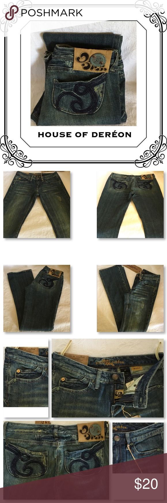 BOOT CUT NEW JEANS Price firm unless bundle NWT //   SIZE 27 //  SEE PIC FOR MEASUREMENTS.  PRICE FIRM UNLESS BUNDLE HOUSE OF DEREON Jeans Boot Cut
