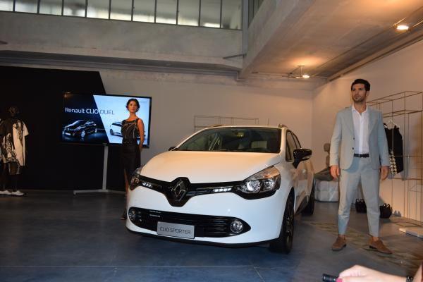 L'outfit dedicato a Renault CLIO SPORTER DUEL è casual e ricercato: il classico in chiave moderna #ClioDUEL