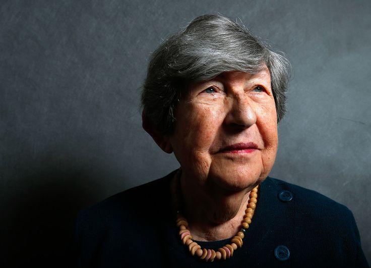 Beautiful Portraits Of Auschwitz Survivors