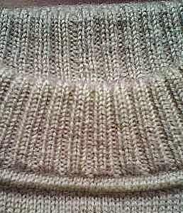 Модели вязания: Как сделать такой аккуратный воротник свитера. Мастер-класс в…