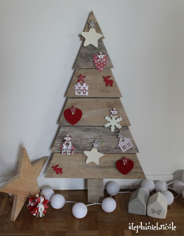 Idees decoration murale noel sapins etoiles accueil for Idee deco kingersheim