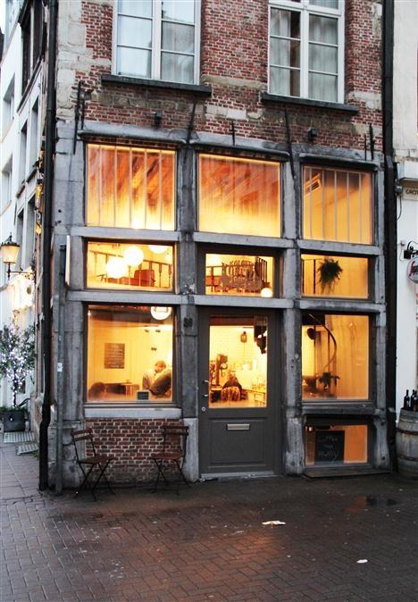 Koffie Kolonel [Grote Pieter Potstraat 36] Antwerp -★-