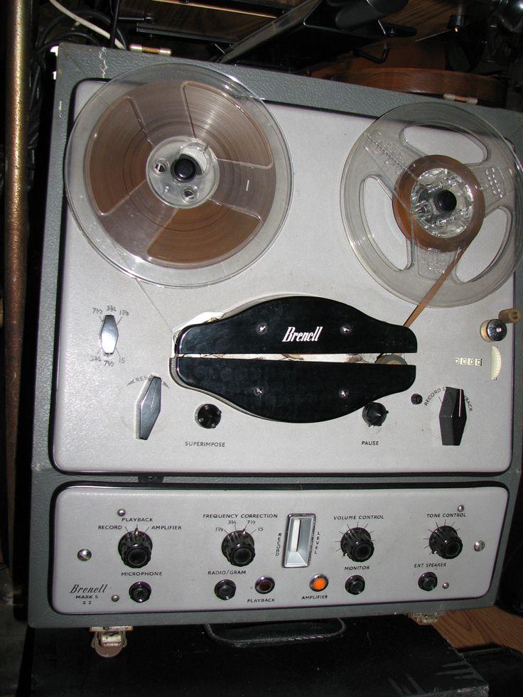 Brenell reel to reel tape recorder - www.remix-numerisation.fr - Rendez vos souvenirs durables ! - Sauvegarde - Transfert - Copie - Digitalisation - Restauration de bande magnétique Audio Dématérialisation audio - MiniDisc - Cassette Audio et Cassette VHS - VHSC - SVHSC - Video8 - Hi8 - Digital8 - MiniDv - Laserdisc - Bobine fil d'acier - Micro-cassette - Digitalisation audio - Elcaset