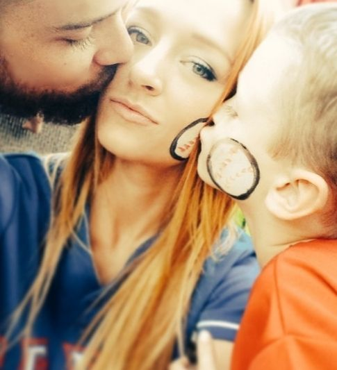 13 Sweet Snapshots That Trace Maci Bookout And Taylor McKinney's Road To Parenthood
