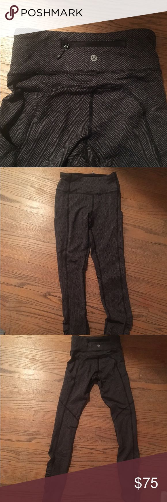 Lululemon Speedtight leggings Lululemon gray leggings, great for working out or running and super stretchy and comfortable. Worn a few times, but still in great condition. Open to offers lululemon athletica Pants Leggings