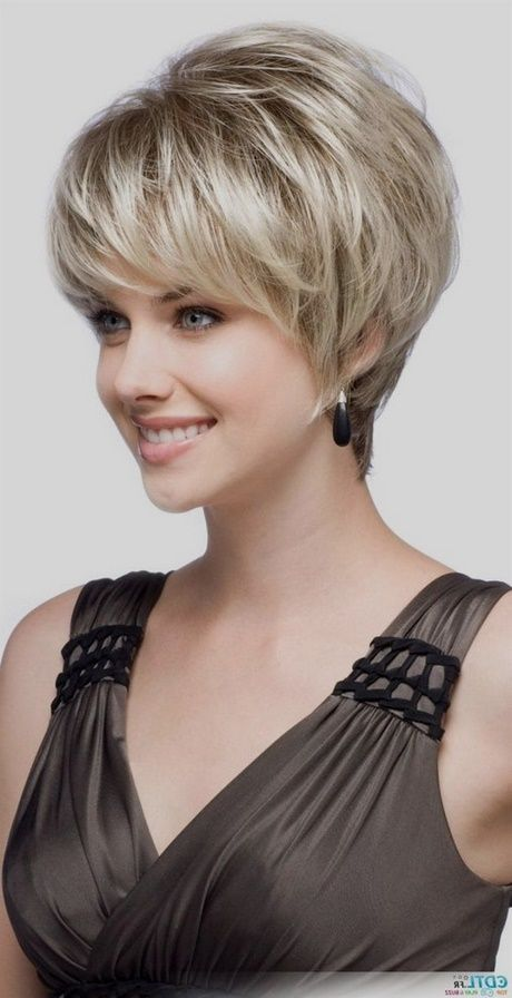 Coupe cheveux courts gris … Coiffure Cheve…