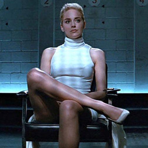 El descruce de piernas de Sharon Stone en 'Instinto básico' sigue siendo igual de perturbador - Fotogramas