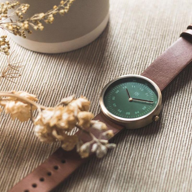 MAVEN Watches. The Perfect Balance Between Urban & Nature    This minimalistic watch is from Hong Kong and have had a very successful Indiegogo campaign. Do watch the unboxing video too!    https://www.newlabelsonly.com/2017/12/01/maven-watches/