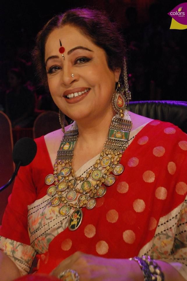Gaurang Shah Saree + Amrapali jewellery+ a smile = Kiron Kher. Description by Pinner Mahua Roy Chowdhury