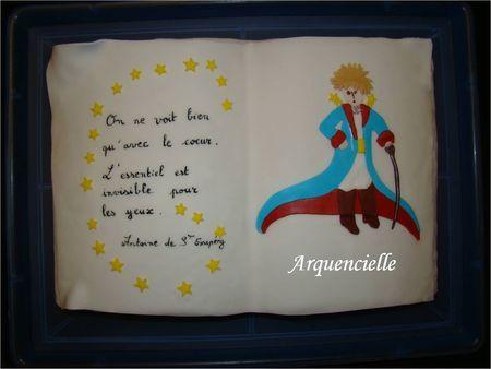 G_teau_Livre_Le_Petit_Prince_de_Saint_Exup_ry_dessus