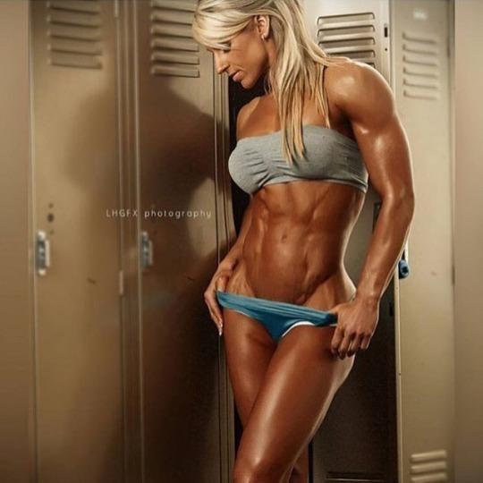 Femdom muscle chics