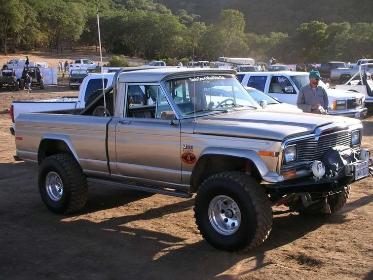 best 25 jeep truck ideas on pinterest jeep pickup truck jeep rubicon 2016 and 2016 rubicon. Black Bedroom Furniture Sets. Home Design Ideas