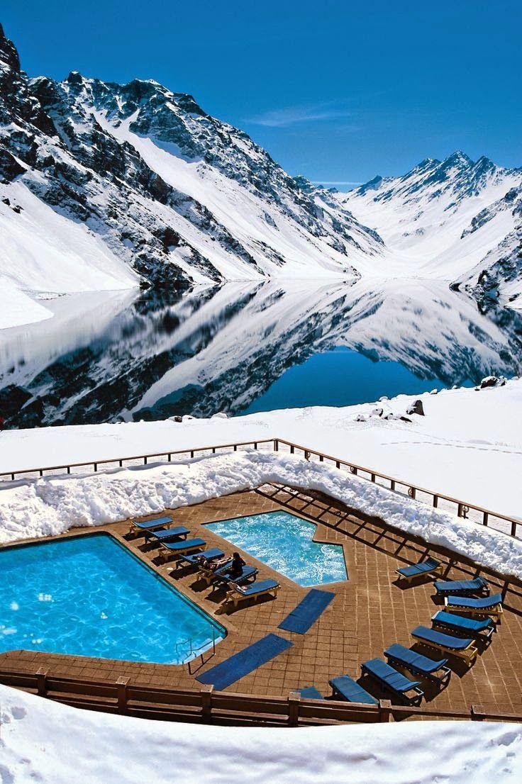 Vista desde la estación de esquí de Portillo - Chile