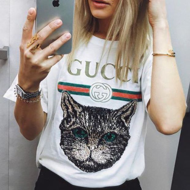 af60312837 GUCCI 2018 Catwalk Model T-Shirt Embroidery Sequin Cat Shirt Tunic ...