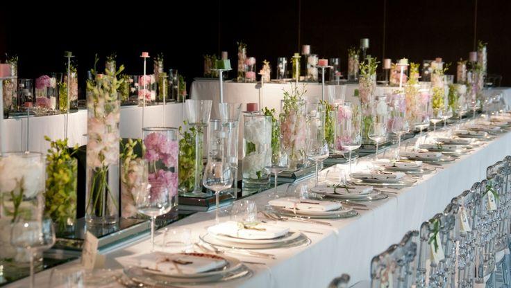 Il tavolo imperiale è utilizzato nei banchetti nuziali di stile tradizionale o nei ricevimenti organizzati per eventi importanti.