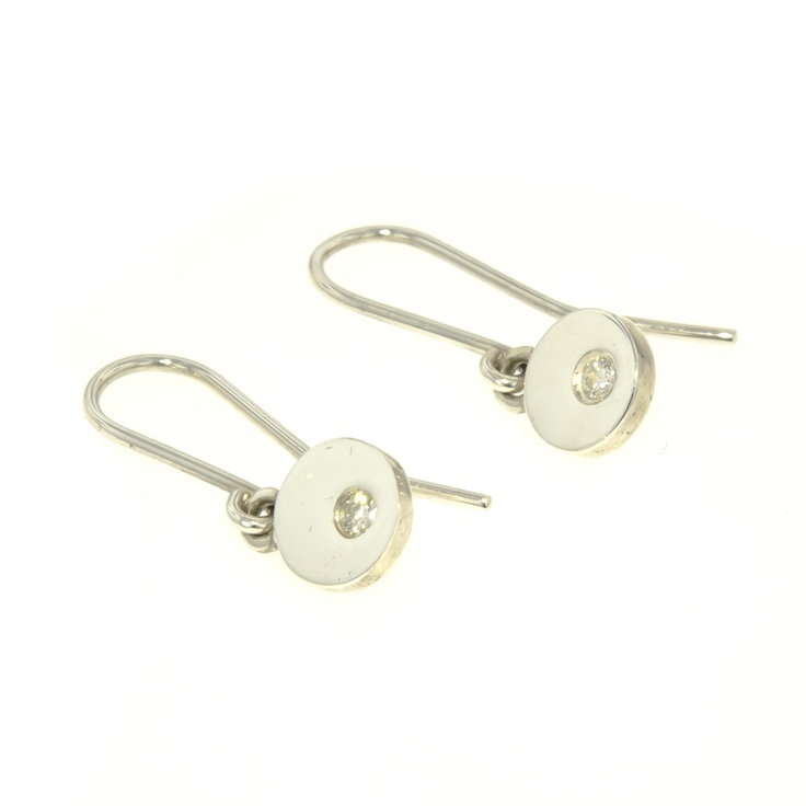 Is yours Nelson's most romantic Love Story? Share your tale and be in to win these diamond earrings! http://www.jenshansen.com/news/lovestories.aspx