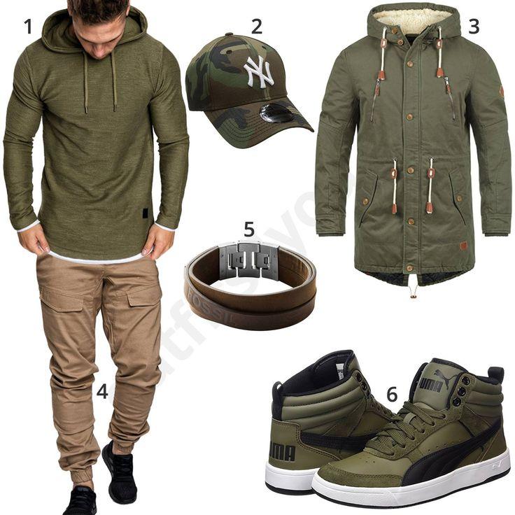 Grüner Street-Style mit Hoodie und beiger Jogg-Chino (m0831) #grün #beige #jogginghose #hoodie #puma #outfit #style #herrenmode #männermode #fashion #menswear #herren #männer #mode #menstyle #mensfashion #menswear #inspiration #cloth #ootd #herrenoutfit #männeroutfit